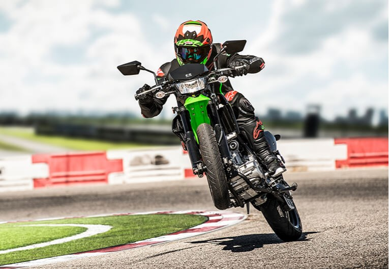 SUPERMOTO-TUNED PERFORMANCE